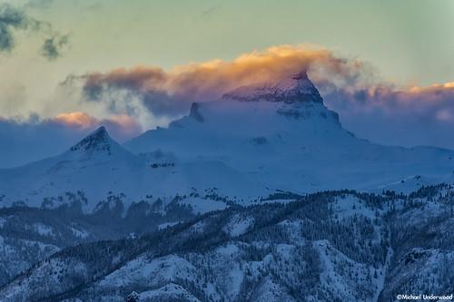 sunset mountain storm colorado peak 14er uncompahgrepeak hinsdalecounty