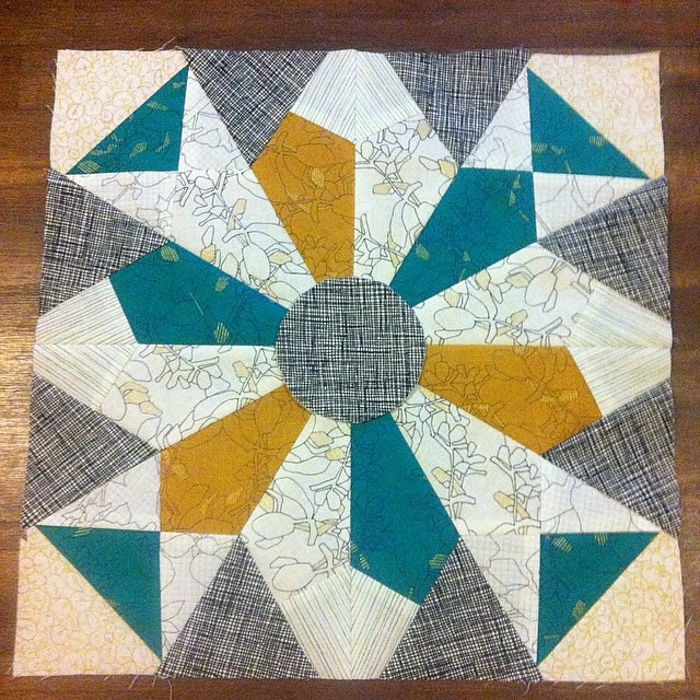 Finished! Great #paperpieced pattern by the lovely @quiltjane I'm not sold on my centre circle but will revisit when I turn this block in to a gift later this week! #botanics @carolynfriedlander