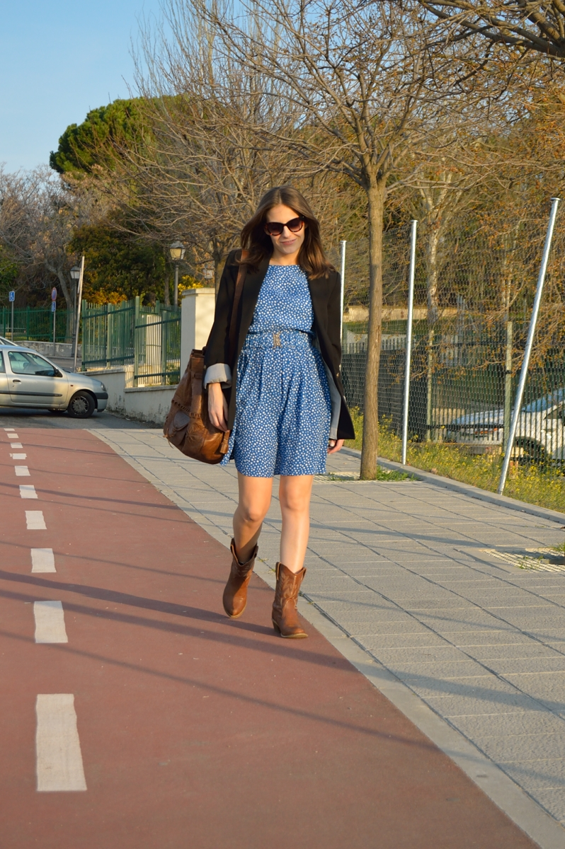 lara-vazquez-madlula-blog-blue-dress-look-spring