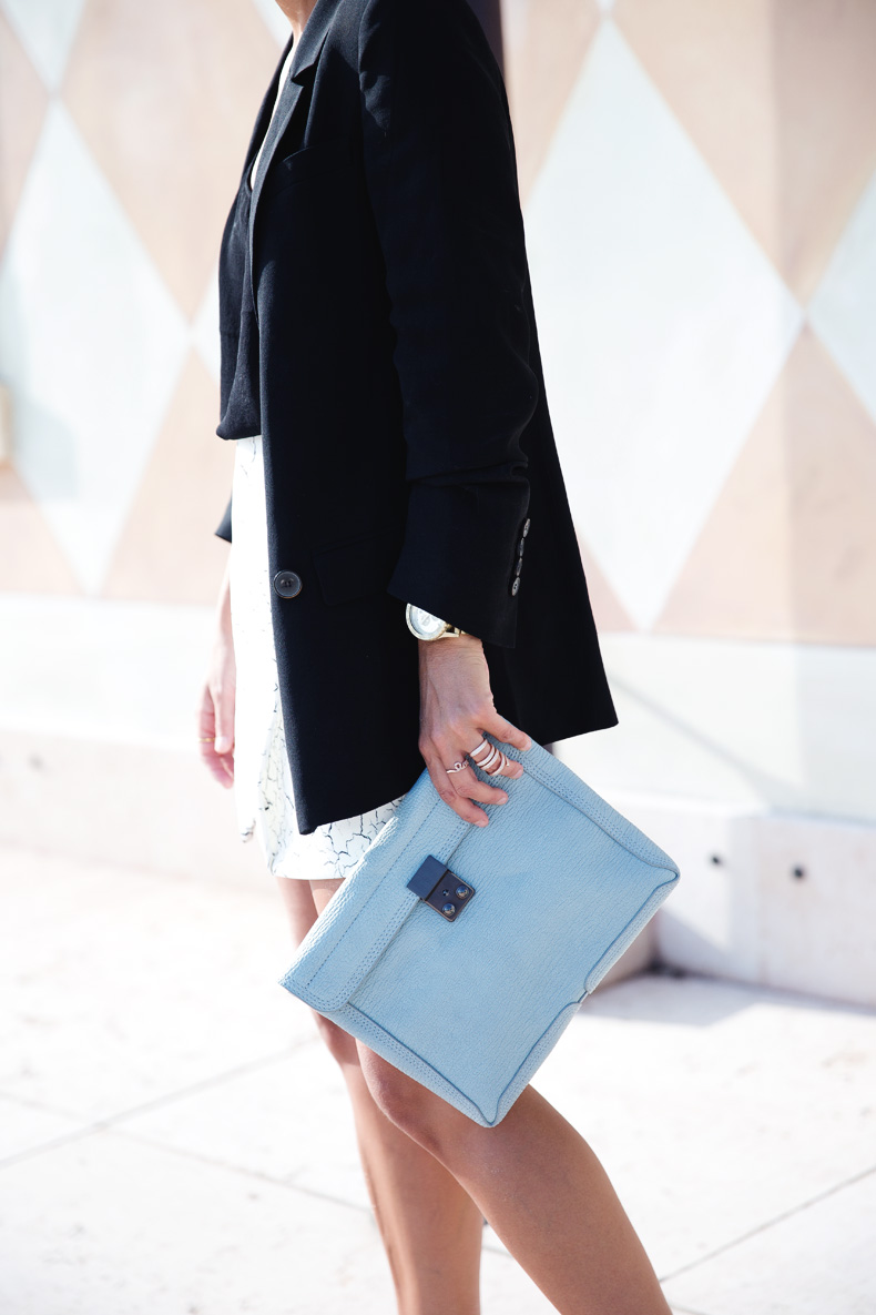 Cracked_Skirt-Girissima-Calzedonia_Show-Light_blue_Clutch-Phillip_Lim-Street_Style-Outfit-25