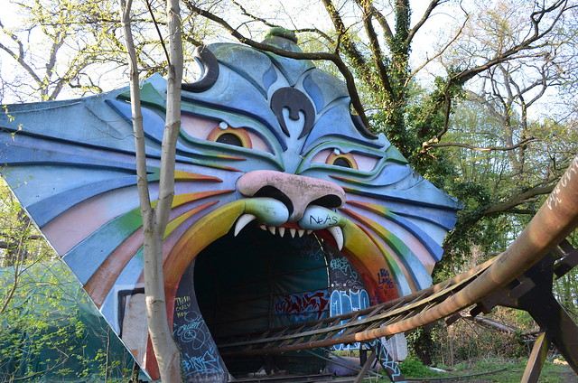 Spreepark Berlin Kulturpark Plaenterwald_abandoned amusement park_rainbow animal mouth roller coaster tunnel entrance