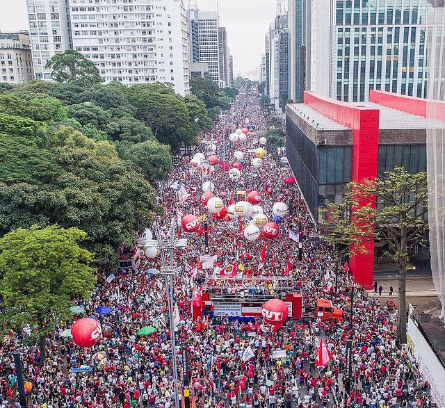 Organizadores da manifestação na Avenida Paulista estimam que reuniram 200 mil pessoas - Créditos: Ricardo Stuckert