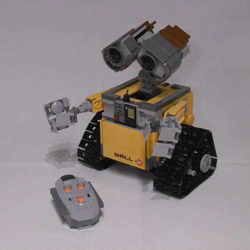 21303 Wall-E with Power Functions RC | by Nils_O.