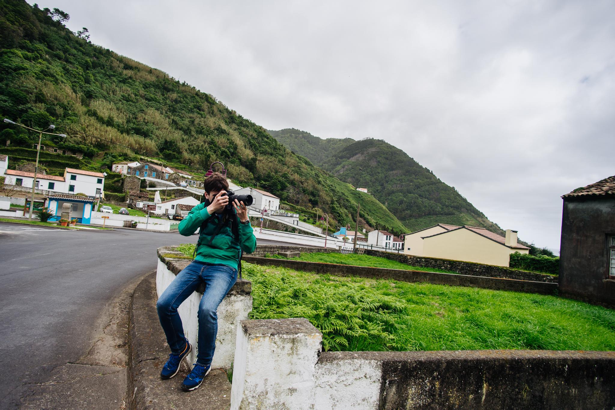 Baki úr fotózik Faial de Terrában