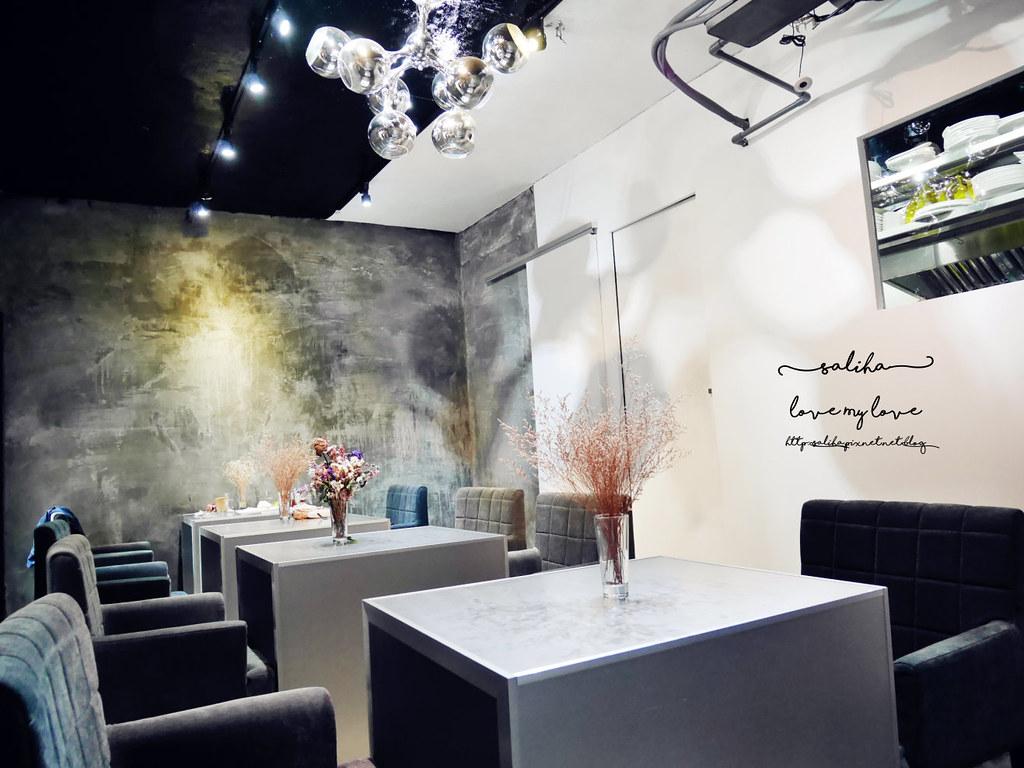 台中精誠二街超美玻璃屋偷偷 Toutou Cuisine下午茶咖啡館推薦 (17)