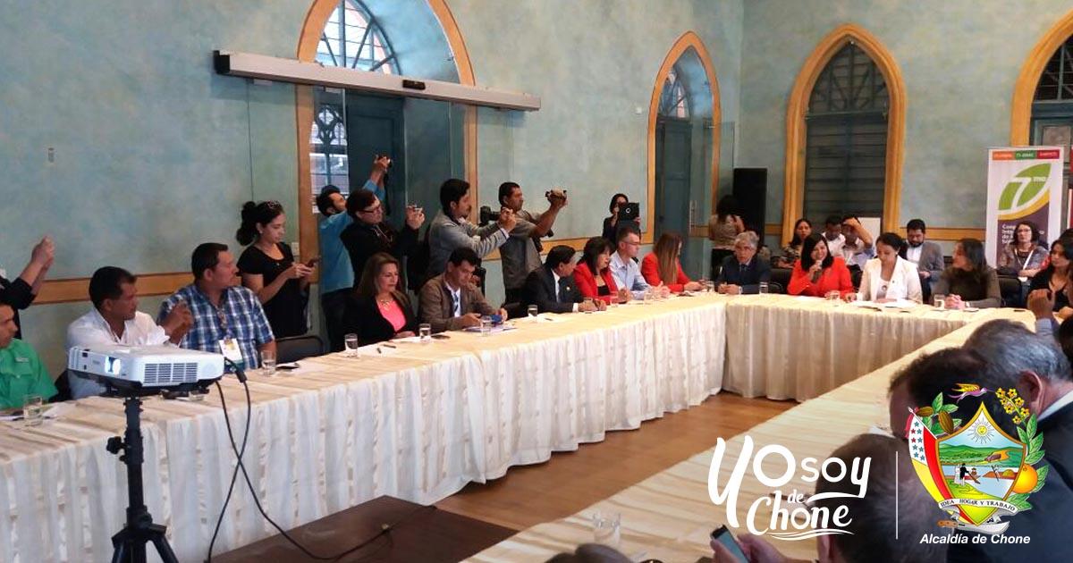 Técnicos de la Alcaldía de Chone participaron en Congreso