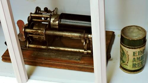 mypics phonograph vintage stpierre stpierreandmiquelon stpierreetmiquelon france saintpierre saintpierreetmiquelon saintpierreandmiquelon museum larche waxcylinder waxcylinderplayer waxcylinderrecord waxcylinderrecordplayer