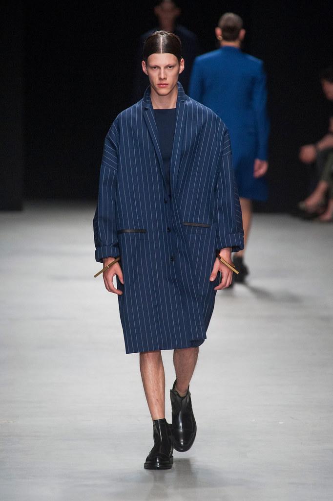 SS14 Paris Juun J.028_Nemanja Maksic(fashionising.com)