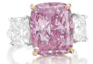10_09-Carats-Fancy-Vivid-Purple-Pink-Diamond