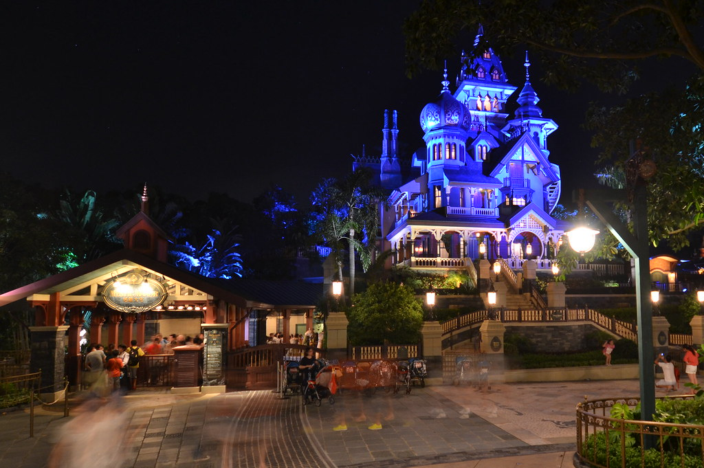 Mystic Manor - Disneyland Hong Kong