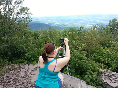 camera hiking hike valley mohawk cathy catskills overlook viewpoint escarpment escarpmenttrail windhamhighpeak