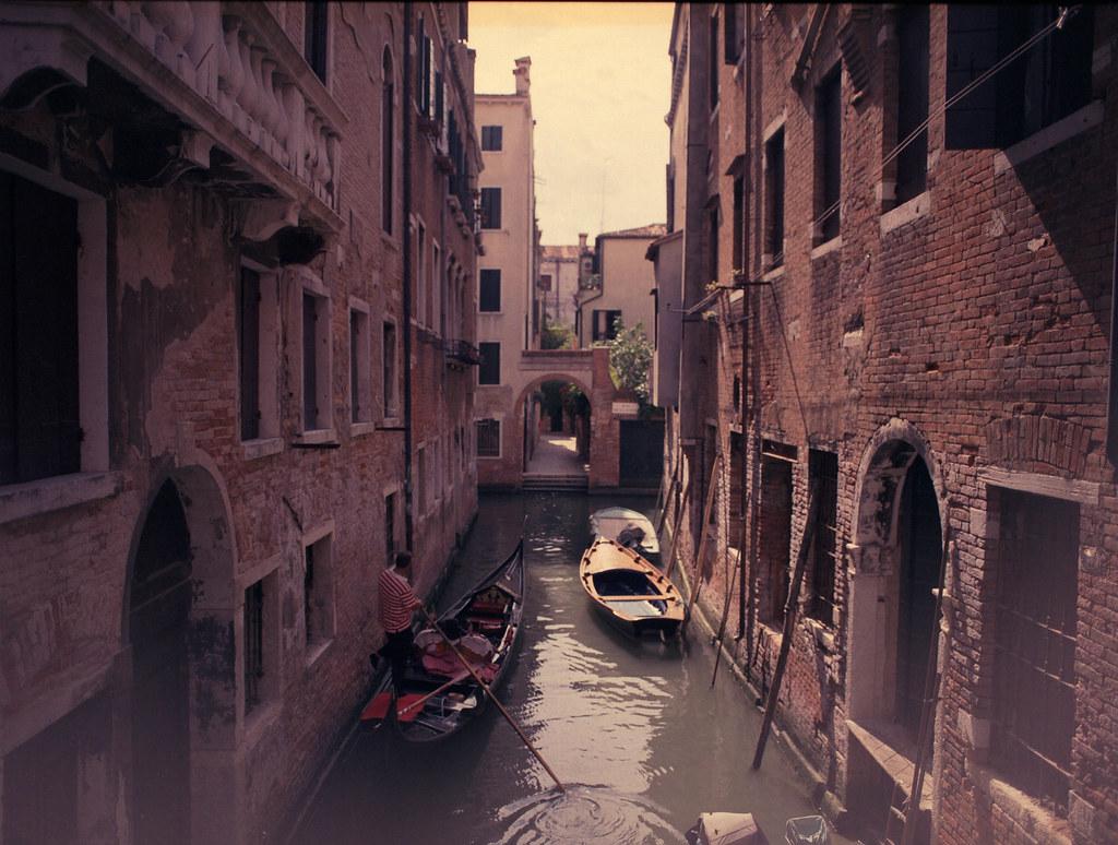 Venedig Mamiya 645 Pro400H-3.jpg