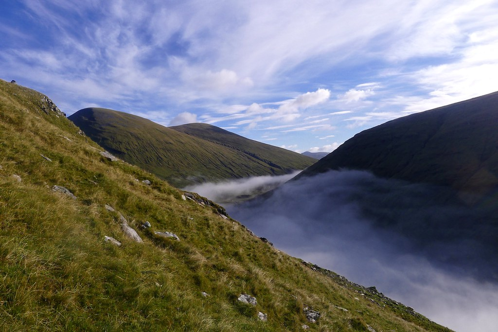 Beinn Mhanach above the breaking inversion