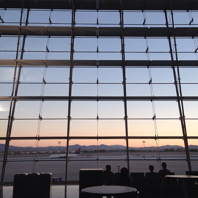 Thank you, Vegas. We had a lovely weekend! #poshfest #poshlove #vegas #sunset #goodbye #airport