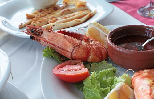Istanbul restaurant - grilled shrimp and calmar
