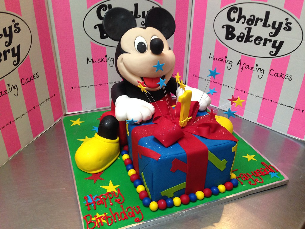 Mickey Mouse 3d Birthday Cake With Present Box 1st Birthday A