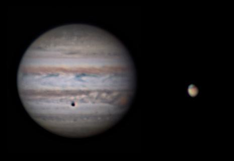 Jupiter and Mars to scale 13 November 2013