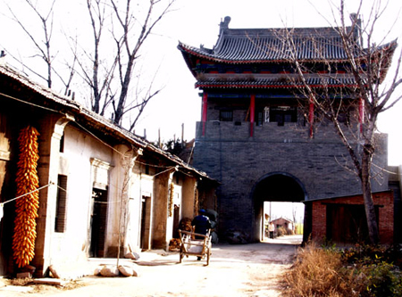 秦镇古城门