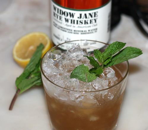 Rye Whiskey Smash