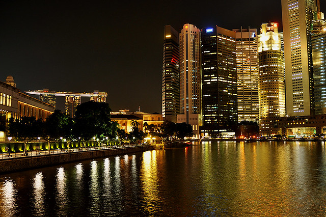 Singapore - Night Curve