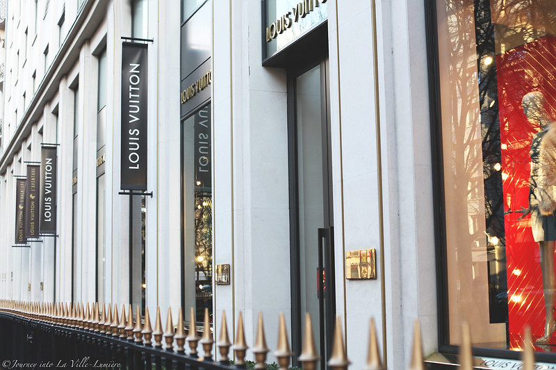 Louis Vuitton, Avenue Montaigne, Paris