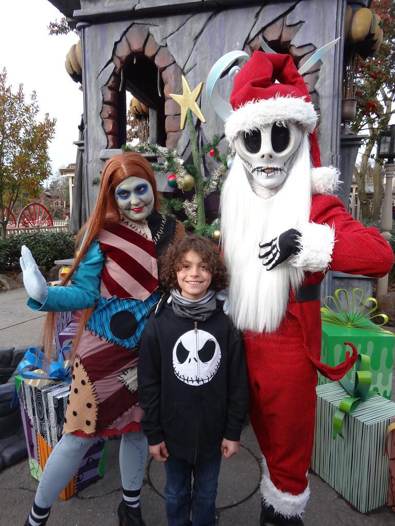 Un séjour pour la Noël à Disneyland et au Royaume d'Arendelle.... - Page 2 13648267443_bd48ca970c_b
