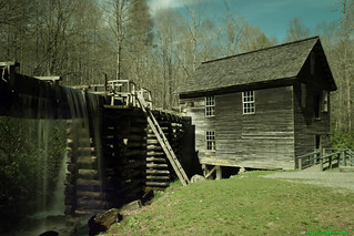 Mingus Mill - Welding Glass