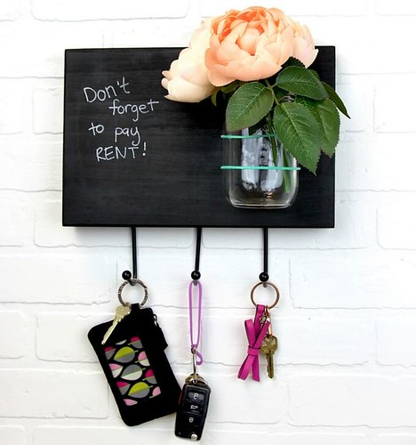 diy-memo-board-key-rack