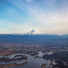 Mount Rainier before touching down in Seattle