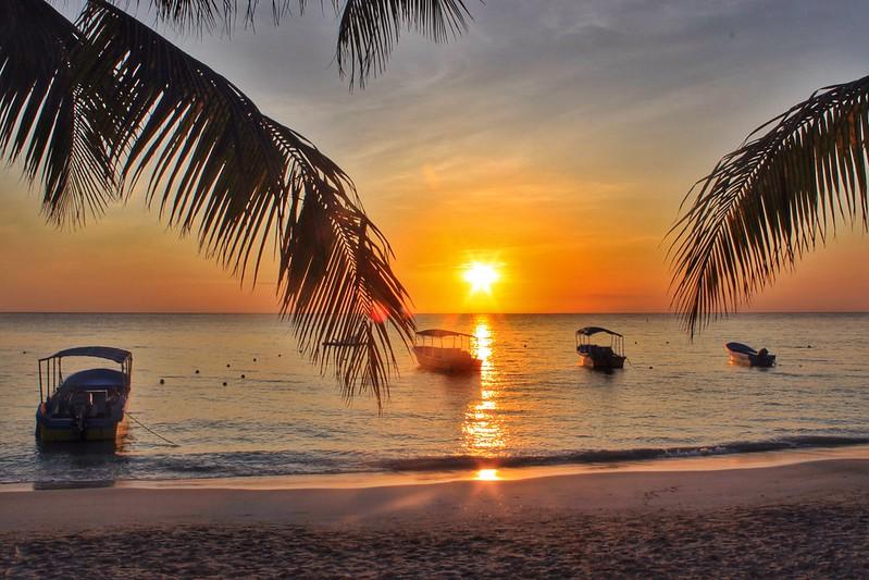 Perfect Water Awaits You In Roatan Honduras Adventurous