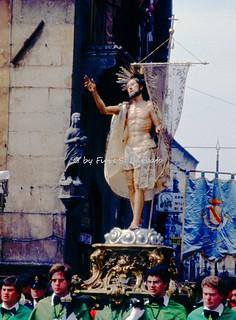 """Sulmona (AQ), 1979, La """"Madonna che scappa in piazza""""."""