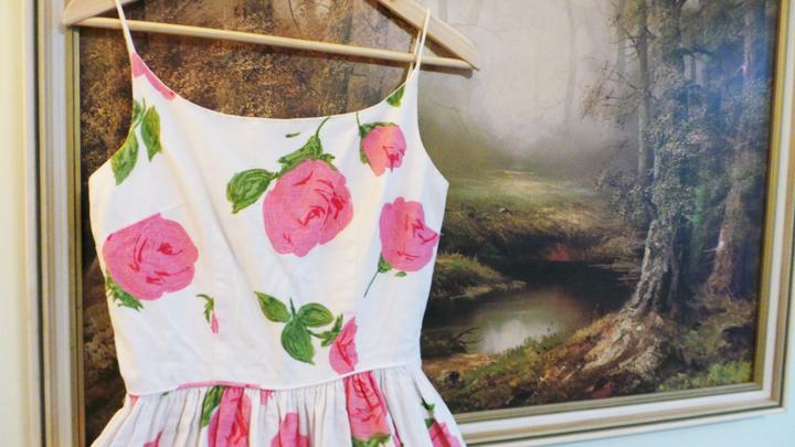 vintage-roses-dress c