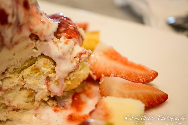 Strawberry Ice cream: Freshy Freeze