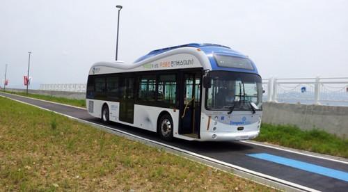Электроавтобус с беспроводной зарядкой курсирует по Южной Корее