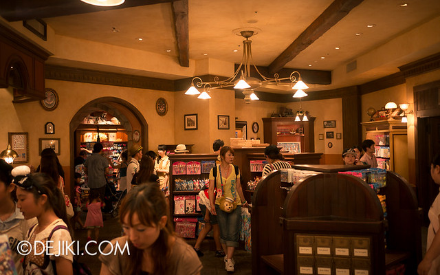 Tokyo DisneySea - Mediterranean Harbor / Il Postino Stationery