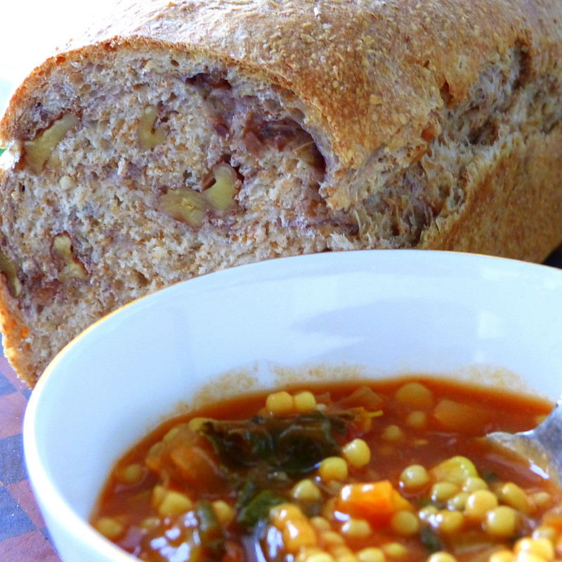 Minestrone and Walnut Bread