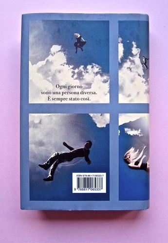 David Levithan, ogni giorno. Rizzoli 2013. Progetto grafico di copertina © Adam Abernethy. Quarta di sovracoperta (part.), 1