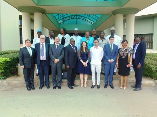 Embamex Nigeria foto comunicado