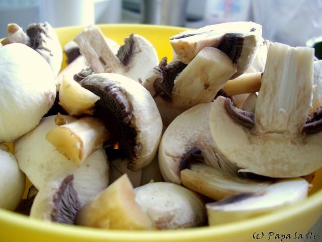 Salata cu ciuperci si ardei (3)