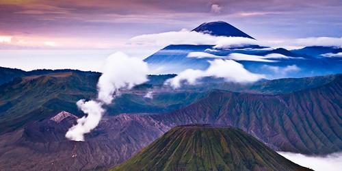 sky mountain fog clouds sunrise indonesia photography java asia long exposure bromo semeru batok volcan