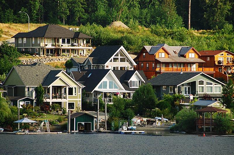 Lake Cowichan, Cowichan Valley, Vancouver Island, British Columbia, Canada
