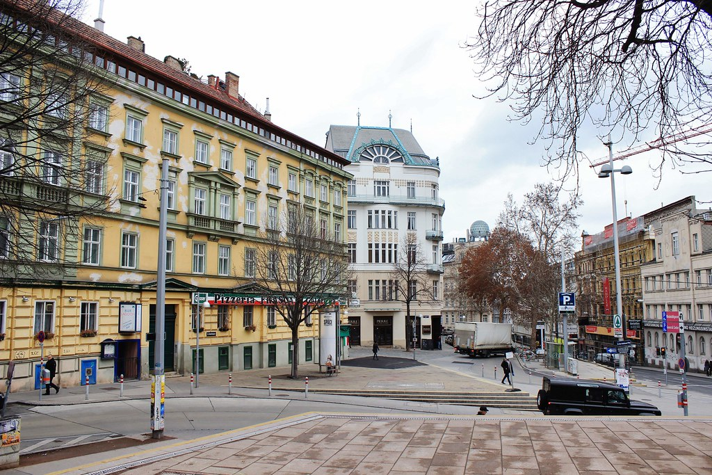 districts of vienna and c gracious Vienna and budapest will highlight the rotary cruise on the danube which are initiated and administered by local rotary clubs and districts the foundation was created in 1917 by rotary international's sixth president, arch c klumph.