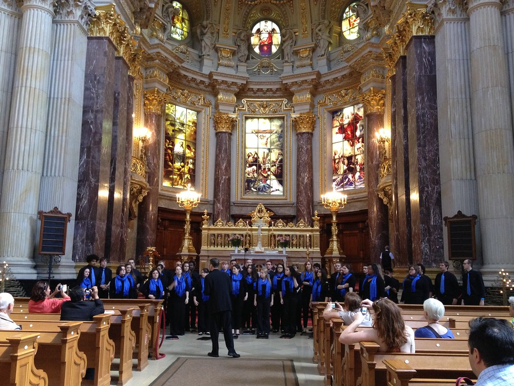 Hendricks Chapel Choir performs in the Berliner Dom