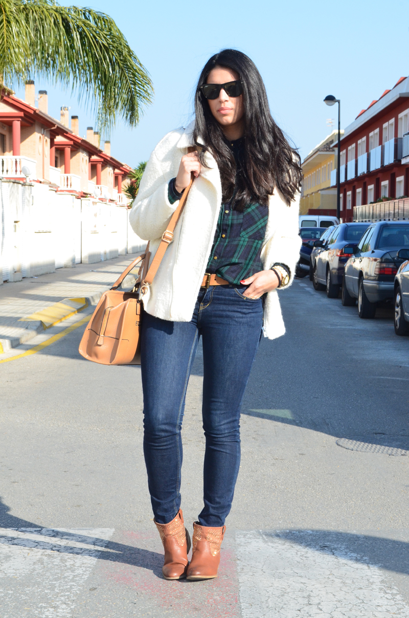 florenciablog chaqueta fieltro inspiration tartan cream jacket casual look bloggers gandia (3)