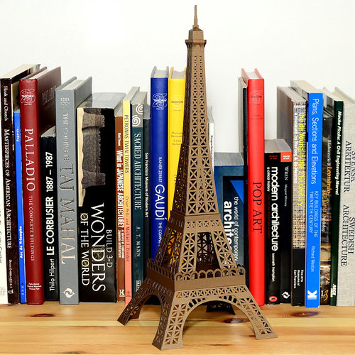 eiffel-tower-model-kit