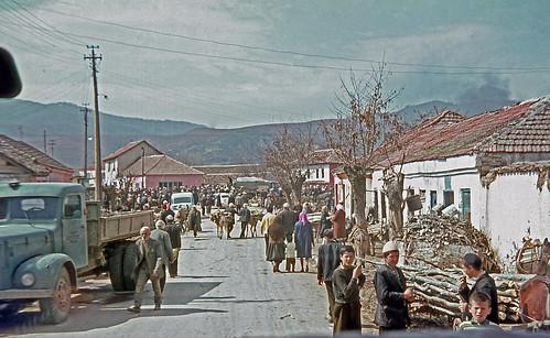 stimlje shtime kosovometohija kosovo yugoslavia jugoslavia horses carts donkeys 1970