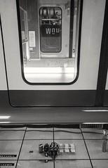 #mirabien #m�nchenrfreiheit #ubahn #metro #spiegel #espejo #mirror #flip #blackandwhite #blancoynegro #schwarzundweiss #contras