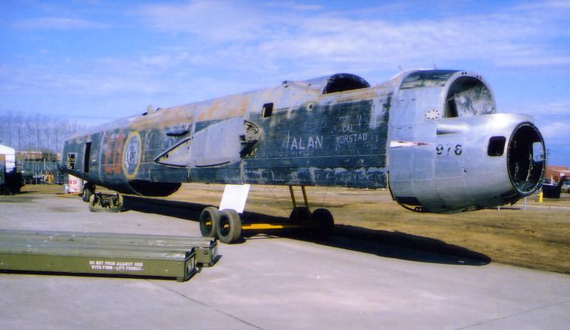 kb994_fuselage