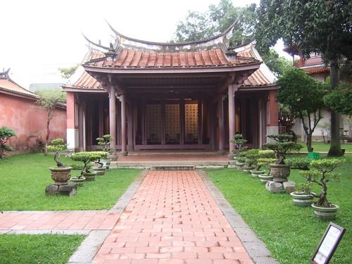 孔子廟・明倫堂