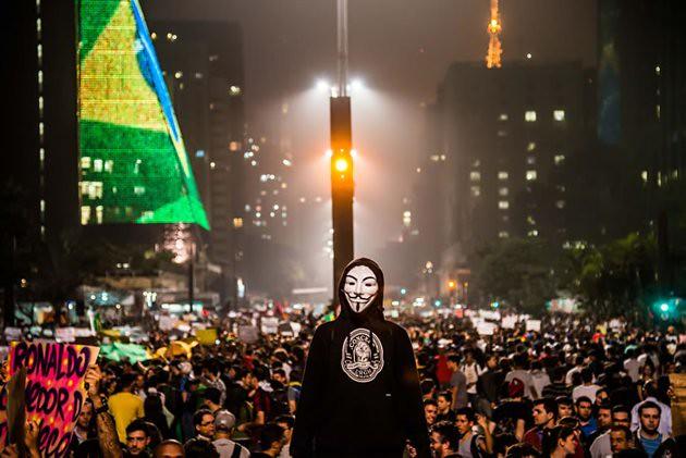Header of Acorda Brasil
